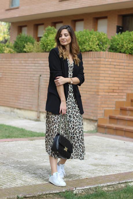 cómo combinar vestido animal print - blogger vestido leopardo