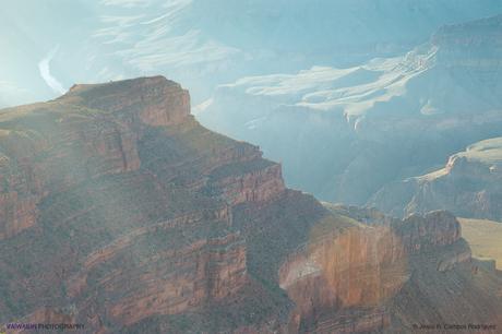 Una de las grandes formaciones rocosas que bordean el Gran Cañón. Gran Cañón del Colorado.