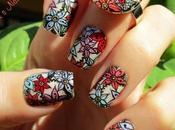 Manicura flores holográficas para Santo (con anillo juego)