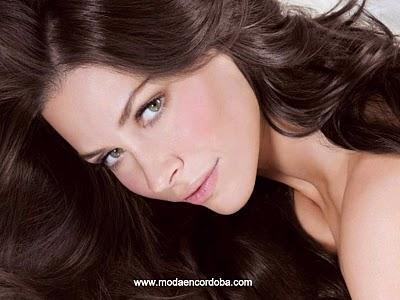 Moda y Tendencia en Tinturas para el Cabello 2011/2012.L'Oréal Paris lanza Sublime Mousse.