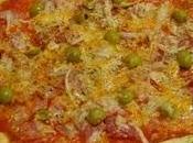 Pizza rápida jamón york, bacon, cebolla aceitunas
