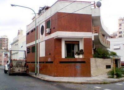 Casa doble en esquina paperblog for Disenos de casas en esquinas