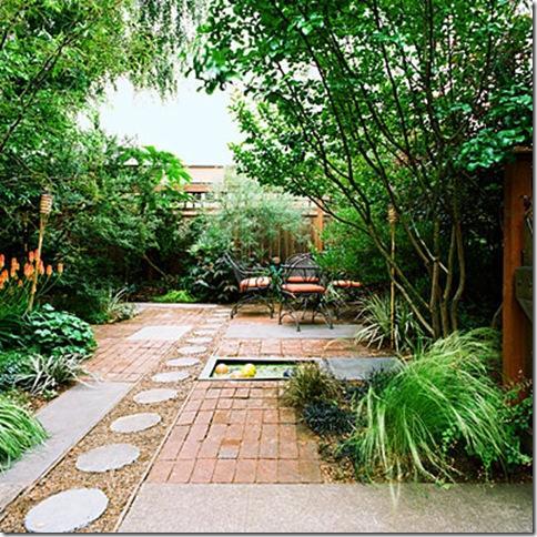 Un patio trasero con personalidad