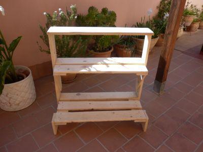 Los muebles de exterior de palets de malen paperblog for Mueble para plantas exterior
