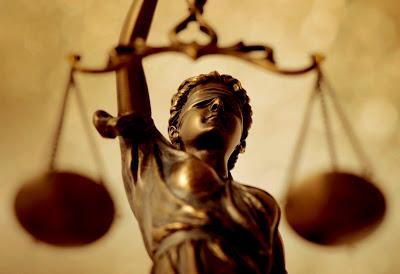 LA LEY DEL EMBUDO Y LA MUERTE DE LA JUSTICIA