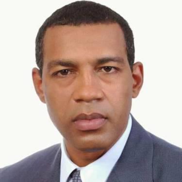 En Dajabón, apresan a fiscal acusado de agresión sexual contra un adolescente.