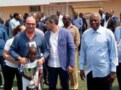 Gran debút mayores victorias gran imagen Escuela Fútbol Base Angola