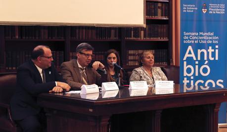 Autoridades de Salud, SENASA y Ambiente inauguraron encuentro sobre concientización del uso de los antibióticos.
