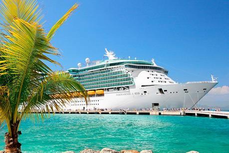 ¿Qué debo saber al momento de viajar en crucero?