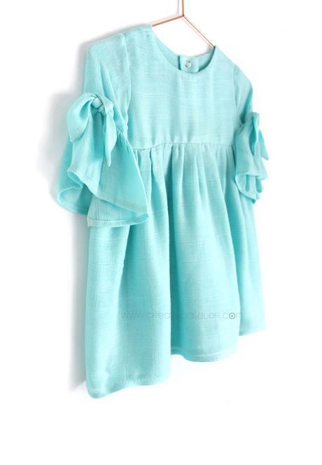 Como hacer un vestido de muselina de bebé DIY - Tutorial y patrón Gratis