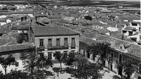 Los últimos años del siglo XIX fueron convulsos en la localidad de Lillo, sufriendo las consecuencias del caciquismo reinante en muchos pueblos de la provincia (Foto, Archivo Diputación Provincial)