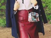 Como combinar falda roja