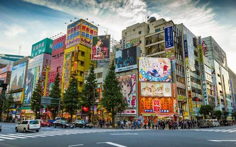 This Is Really Only Scratching The Surface Of Akihabara S Monstrous Ping Scene But It Certainly Enough To Get Any Anime And Manga Enthusiast Started