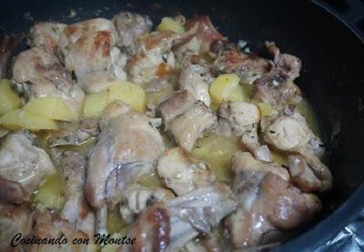 Conejo guisado al ajillo con patatas