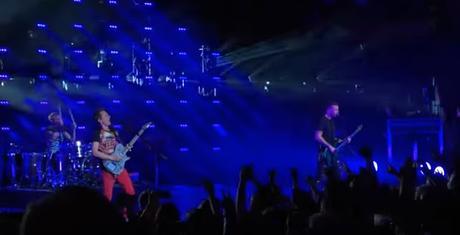 Muse estrenan en vivo un 'heavy medley' de 15 minutos