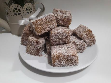 Lamingtons con coco