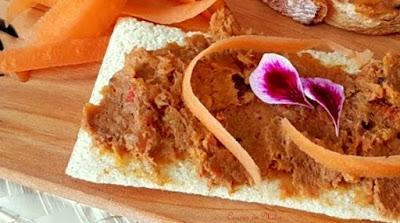 Paté de zanahoria, pimientos rojos y sardinas