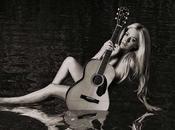 Avril Lavigne anuncia contenido próximo disco, 'Head Above Water'