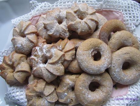 Galletas de azúcar, canela y clavo