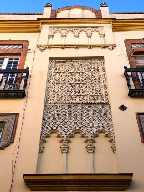 La casa de Dolores Miravent o la Casa de los Dragones.