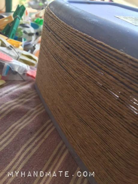 Cesta DIY para las pinzas de la ropa