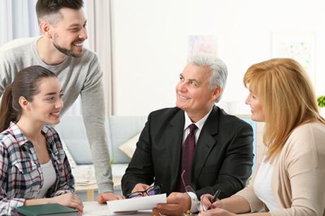 Cuándo es el mejor momento para planificar la transición en la empresa familiar