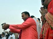 """""""Tattva Sameeksha""""_ """"Swami dice Dios también. Solo tienes experimentarlo""""."""