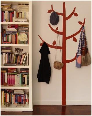Un perchero para recibidores peque os paperblog for Como hacer percheros de madera de pared