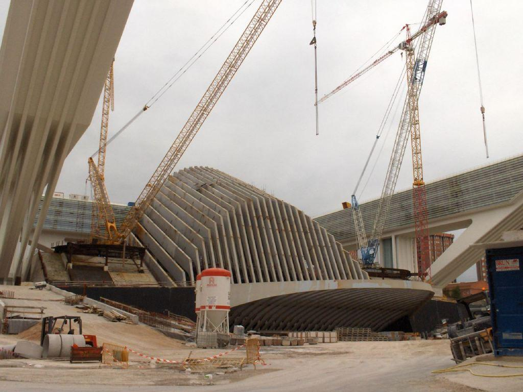 santiago calatrava arquitecto estrella nueva espaa diario asturias artculo crtico interesante