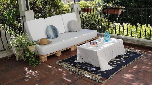 La terraza chill out con palets de marisa paperblog - Terraza palets chill out ...