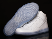 Nike dunk high premium white/white.