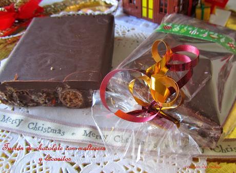 Turrón de chocolate con maltesers y lacasitos