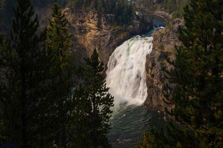 Otra vista de las Upper Falls en toda su inmensidad
