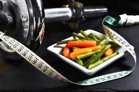 7 Tips Para Combinar Una Dieta con Ejercicios y Bajar de Peso
