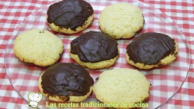 Receta fácil de galletas de naranja y chocolate muy crujientes y sabrosas