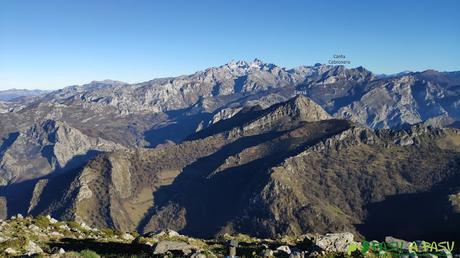 Picos de Europa desde el Pico Pierzu