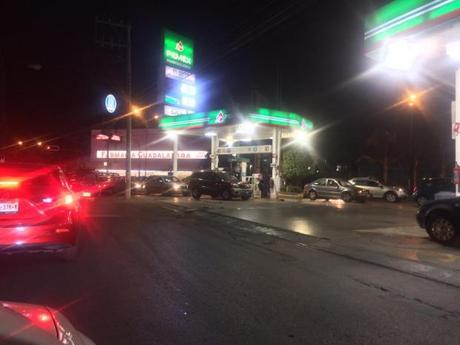 Compras de pánico de gasolina por rumor de desabasto en San Luis Potosí