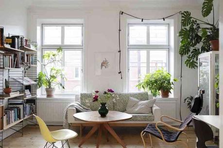 Decoración alegre y desenfadada con colores y plantas