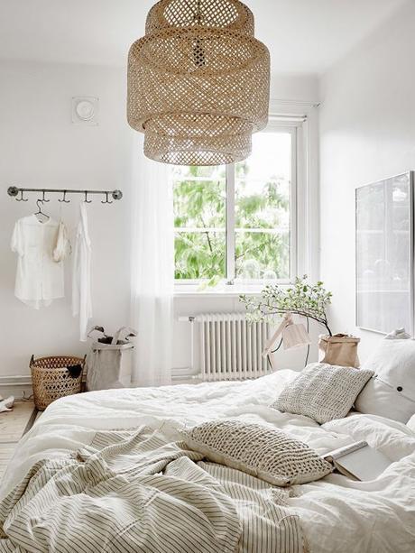 Inspírate lámpara SINNERLIG en el dormitorio