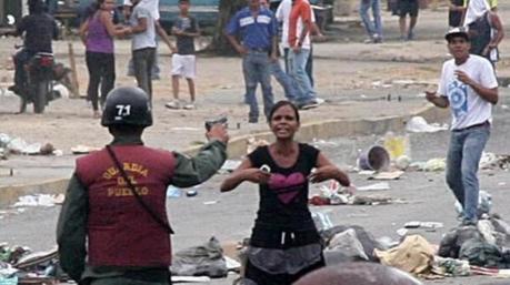 El espectáculo sanguinario de la dictadura venezolana está aplastando a Podemos y a las izquierdas marxistas de todo el mundo