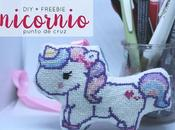 Freebie: Unicornio punto cruz