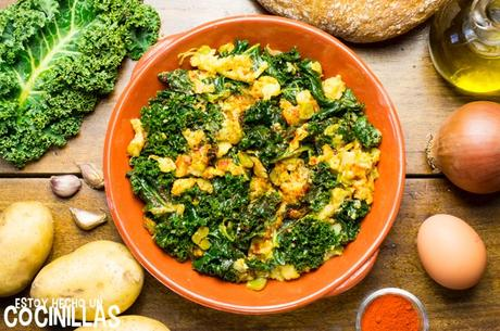 Receta de kale con patatas, huevo y pimentón (kale a la extremeña)