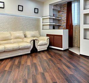 Entra en contacto con la naturaleza con pisos de madera