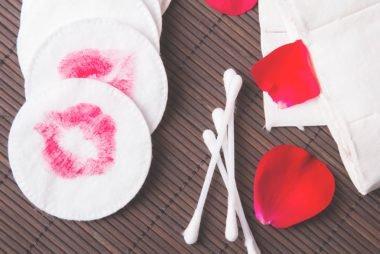 Por qué las compras de belleza con infusión de rosas son la nueva mejor amiga de su piel