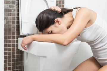 Control de vómitos excesivos en el embarazo