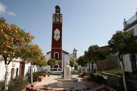 Torre del reloj en Almaden de la Plata