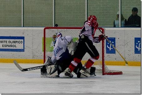 Hockey hielo: Se disputa este sábado en Jaca la Copa de los Pirineos Sub 18.