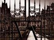 Autobombo: temas duros, Vampire Academy
