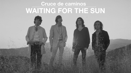 Cruce de caminos | Waiting for the Sun