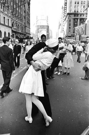 Alfred Eisenstaedt, el fotógrafo del beso histórico